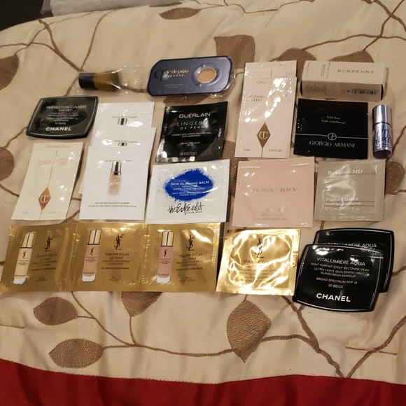 CHANEL Other - New Premium Cosmetic Foundation Samples